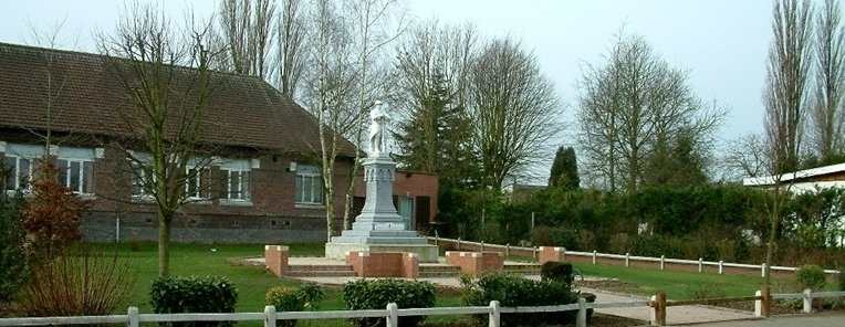 Monument aux morts de BoisBernard ~ Bois Bernard Mairie